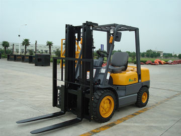 Warehouse Diesel Operated Forklift High Efficiency 3.5 Ton Load Capacity