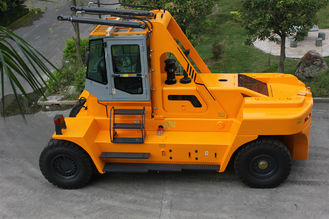 2 Stage / 3 Satge Mast 32 Ton Forklift , Material Handling Forklift 4000mm Max Lift Height