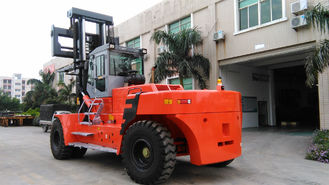 2 Stage / 3 Satge Mast Port Forklifts 40 Ton With 7260mm Turning Radius