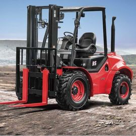Masted Rough Terrain Forklift , Off Road 3 Ton Red Steel 4x4 Forklift