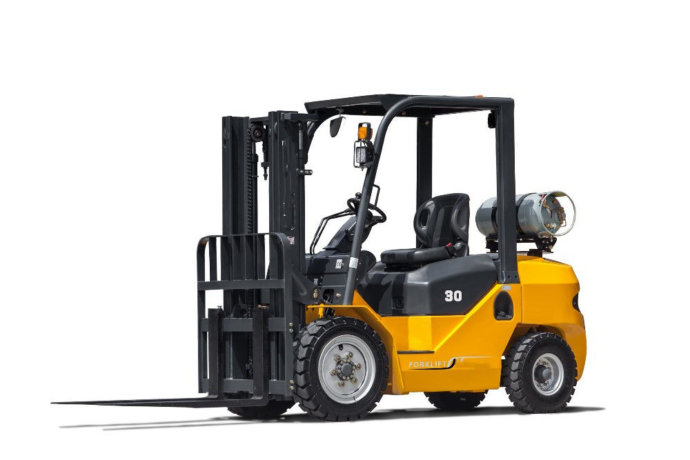 1.5 - 3.5 Ton Gas Power Gasoline LPG Forklift Four Wheel With Different Engine Option