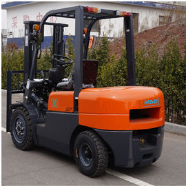 China FD30 Diesel Forklift Truck 3000kg Capacity Customized Color 1 Year Warranty factory