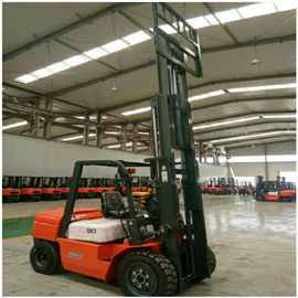 China 3 Ton Diesel Forklift Truck FD30 Engine Powered With 1070mm Fork Length factory