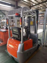 China 24V Battery Operated Electric Forklift Truck 3 Wheel Automatic Transmission factory